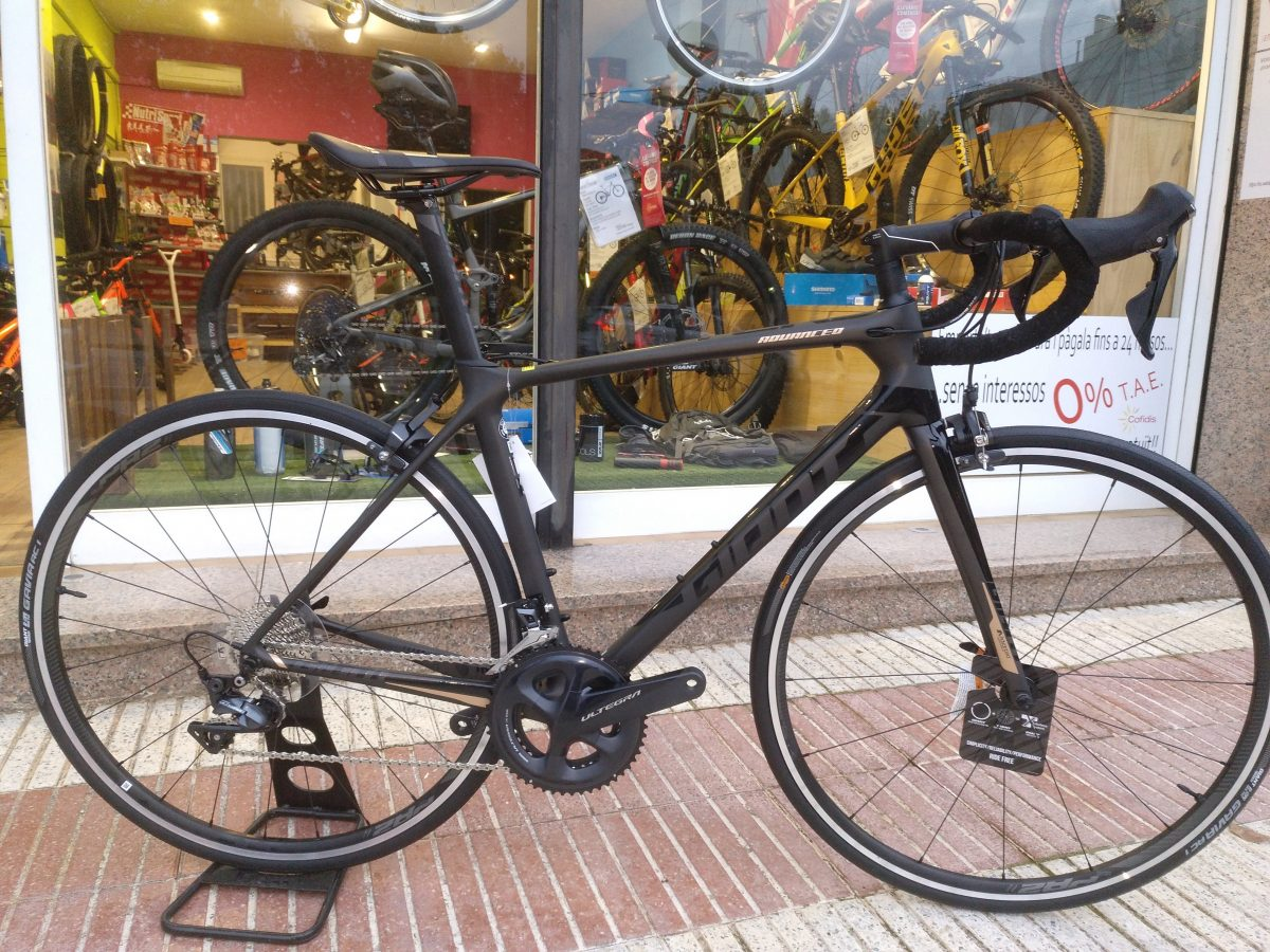 Nueva Giant TCR Advanced 1 2019