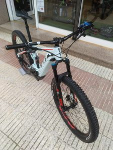 Giant Stance Bike4ever Arenys