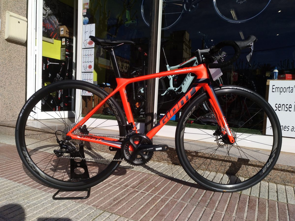 Nueva Giant TCR Advanced 2 Disc 2019