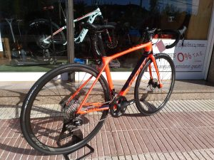 Giant TCR Advanced 2 disc Bike4ever Arenys